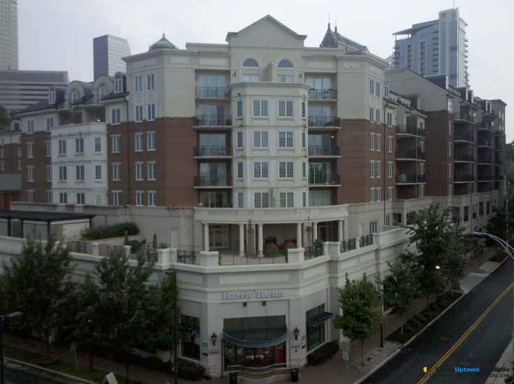 Fifth And Poplar Condo Rentals Charlotte, NC