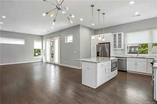 Gallery thumbnail for 1014 Westbrook Drive Unit A Charlotte NC 28202 6