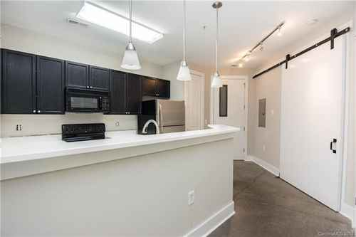 Gallery thumbnail for 1101 W 1st Street Unit 101 Charlotte NC 28202 1