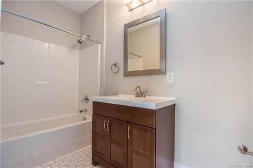 Gallery thumbnail for 1101 W 1st Street Unit 101 Charlotte NC 28202 13