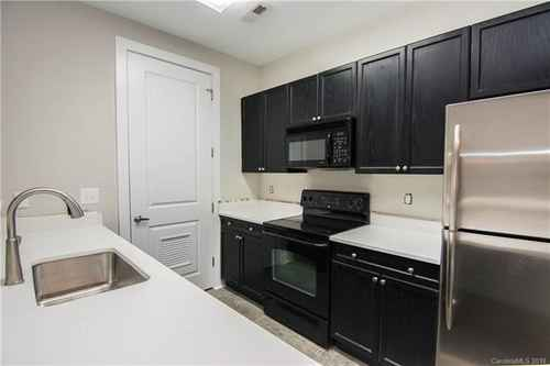 Gallery thumbnail for 1101 W 1st Street Unit 101 Charlotte NC 28202 2