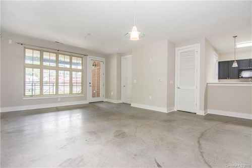 Gallery thumbnail for 1101 W 1st Street Unit 101 Charlotte NC 28202 5