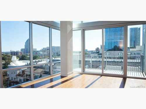 Gallery thumbnail for 215 N Pine Street Unit 1104 Charlotte NC 28202 4