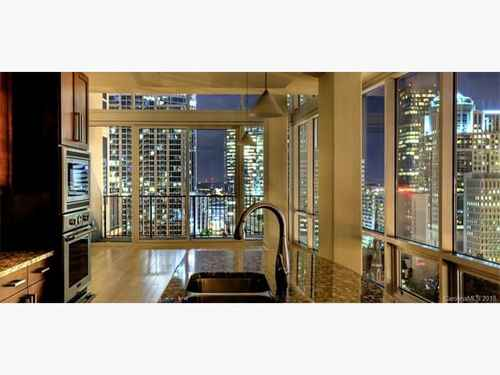 Gallery thumbnail for 215 N Pine Street Unit 1119 Charlotte NC 28202 4