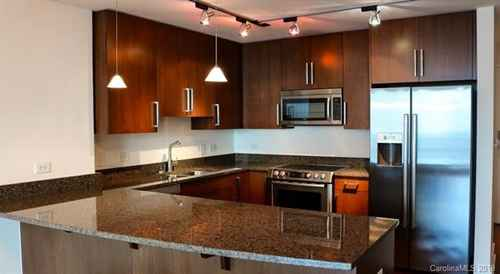 Gallery thumbnail for 215 N Pine Street Unit 1606 Charlotte NC 28202 14