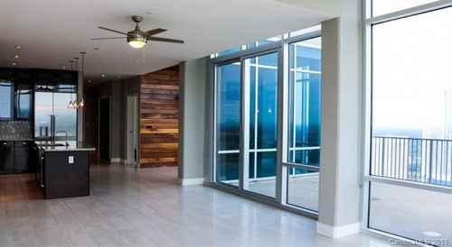 Gallery thumbnail for 215 N Pine Street Unit 1606 Charlotte NC 28202 15