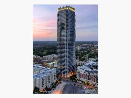 Gallery thumbnail for 215 N Pine Street Unit 2601 Charlotte NC 28202 8