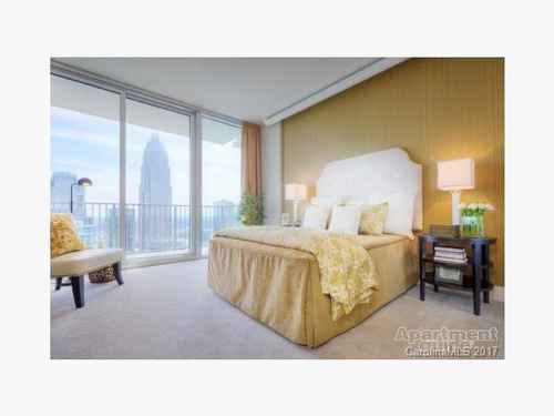 Gallery thumbnail for 215 N Pine Street Unit 4003 Charlotte NC Fourth Ward 5