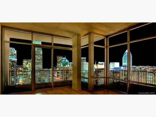 Gallery thumbnail for 215 N Pine Street Unit 4003 Charlotte NC Fourth Ward 7