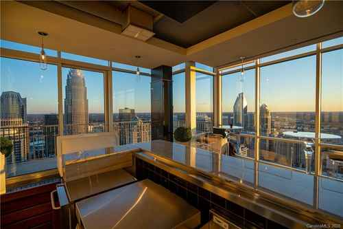 Gallery thumbnail for 215 N Pine Street Unit 4005 Charlotte NC 28202 1