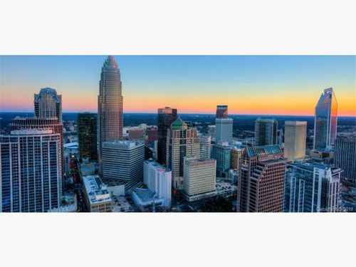 Gallery thumbnail for 215 N Pine Street Unit 705 Charlotte NC 28202 19