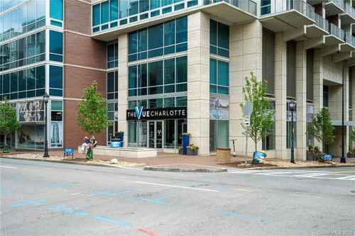 Gallery thumbnail for 215 Pine Street Unit 1402 Charlotte NC 28202 1