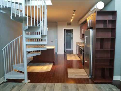 Gallery thumbnail for 215 Pine Street Unit 1402 Charlotte NC 28202 14