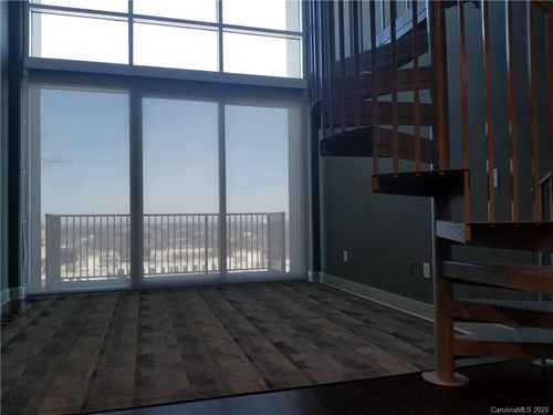 Gallery thumbnail for 215 Pine Street Unit 1402 Charlotte NC 28202 15