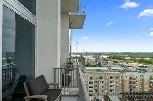 Gallery thumbnail for 215 Pine Street Unit 1402 Charlotte NC 28202 18