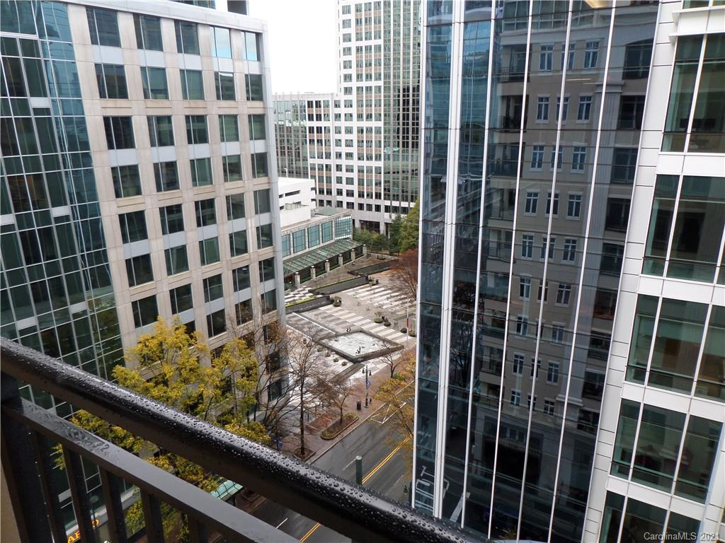 Main Thumbnail for 230 S Tryon Street Unit 1005 Charlotte NC 28202