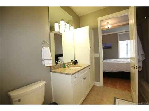 Gallery thumbnail for 230 S Tryon Street Unit 304 Charlotte NC Downtown 13