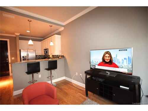 Gallery thumbnail for 230 S Tryon Street Unit 304 Charlotte NC Downtown 7