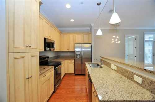 Gallery thumbnail for 230 S Tryon Street Unit 806 Charlotte NC 28202 7