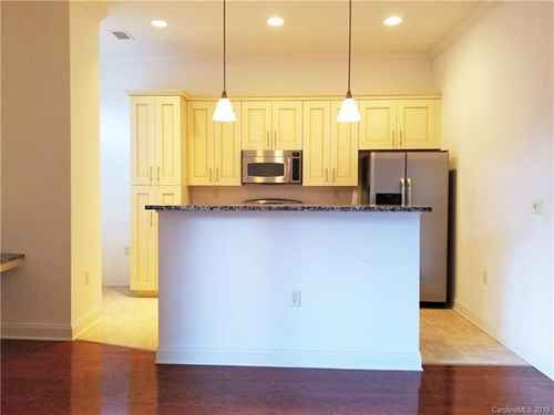 Gallery thumbnail for 230 Tryon Street Unit 302 Charlotte NC 28202 8