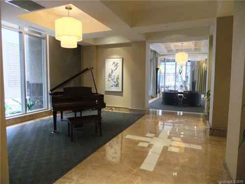 Gallery thumbnail for 230 Tryon Street Unit 309 Charlotte NC 28202 12