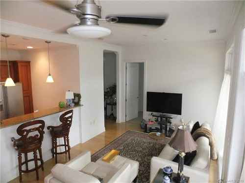Gallery thumbnail for 230 Tryon Street Unit 309 Charlotte NC 28202 3