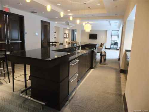 Gallery thumbnail for 230 Tryon Street Unit 309 Charlotte NC 28202 9