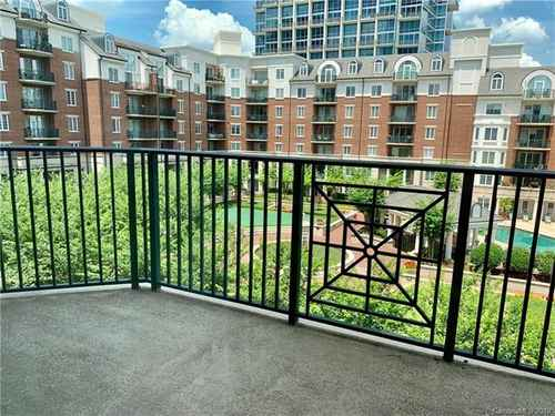 Gallery thumbnail for 300 5th Street Unit 404 Charlotte NC 28202 8