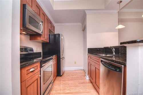 Gallery thumbnail for 300 W 5th Street Unit 233 Charlotte NC 28202 4
