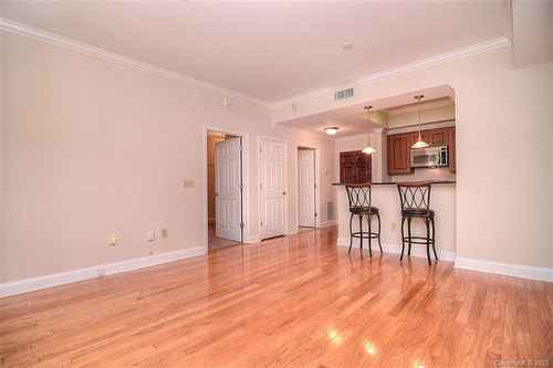Gallery thumbnail for 300 W 5th Street Unit 233 Charlotte NC 28202 6