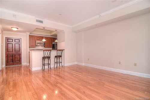 Gallery thumbnail for 300 W 5th Street Unit 233 Charlotte NC 28202 8