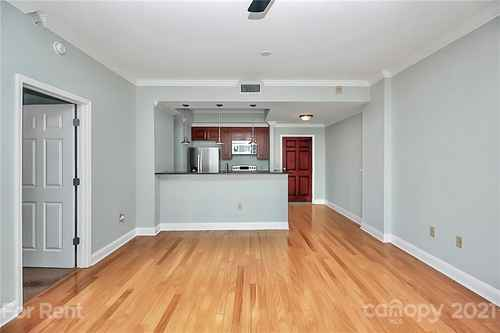 Gallery thumbnail for 300 W 5th Street Unit 423 Charlotte NC 28202 27