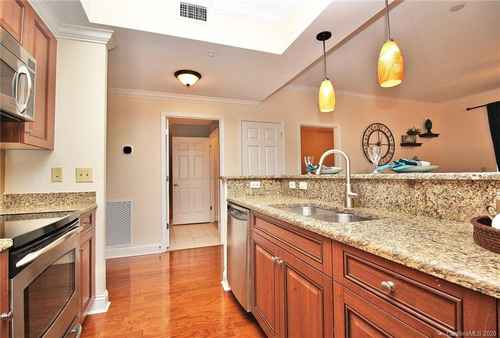 Gallery thumbnail for 300 W 5th Street Unit 608 Charlotte NC 28202 11