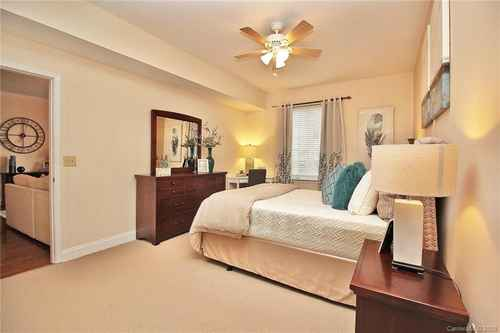 Gallery thumbnail for 300 W 5th Street Unit 608 Charlotte NC 28202 15