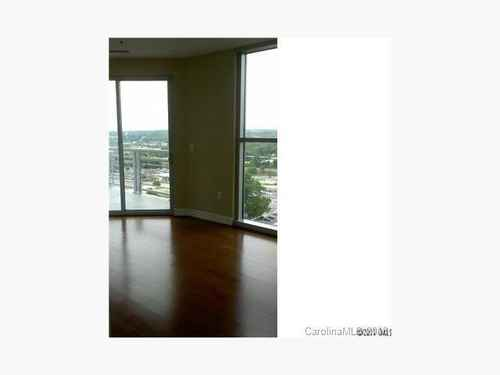 Gallery thumbnail for 333 W Trade Street Unit 1207 Charlotte NC 28202 3