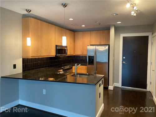 Gallery thumbnail for 333 W Trade Street Unit 909 Charlotte NC 28202 1