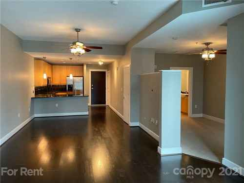 Gallery thumbnail for 333 W Trade Street Unit 909 Charlotte NC 28202 13