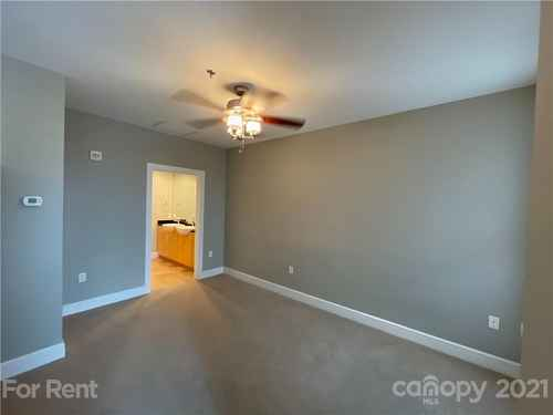 Gallery thumbnail for 333 W Trade Street Unit 909 Charlotte NC 28202 8