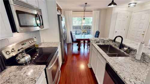 Gallery thumbnail for 415 W 8th Street Unit D Charlotte NC 28202 10