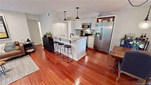 Gallery thumbnail for 415 W 8th Street Unit D Charlotte NC 28202 2