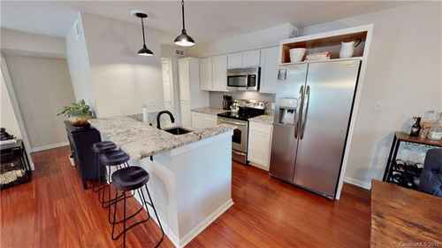 Gallery thumbnail for 415 W 8th Street Unit D Charlotte NC 28202 7