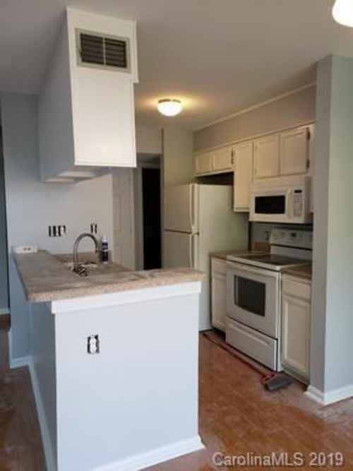 Gallery thumbnail for 425 W 8th Street Unit 96 Charlotte NC 28202 3