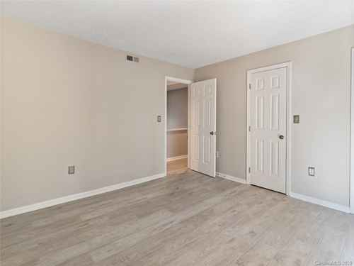 Gallery thumbnail for 427 W 8th Street Unit 104 Charlotte NC 28202 14