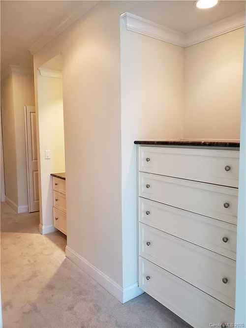 Gallery thumbnail for 435 S Tryon Street Unit 906 Charlotte NC 28202 11