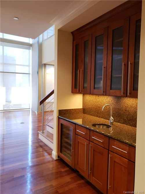 Gallery thumbnail for 435 S Tryon Street Unit 906 Charlotte NC 28202 16