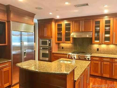 Gallery thumbnail for 435 Tryon Street Unit 906 Charlotte NC 28202 4