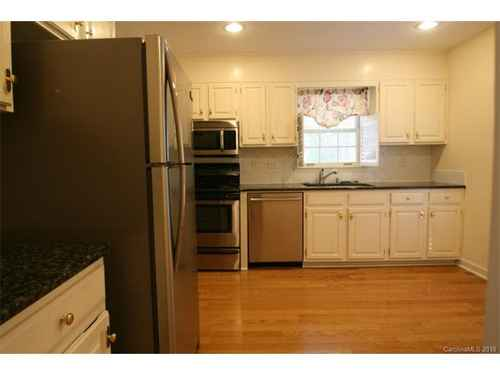 Gallery thumbnail for 500 N Poplar Street Unit A Charlotte NC 28202 1