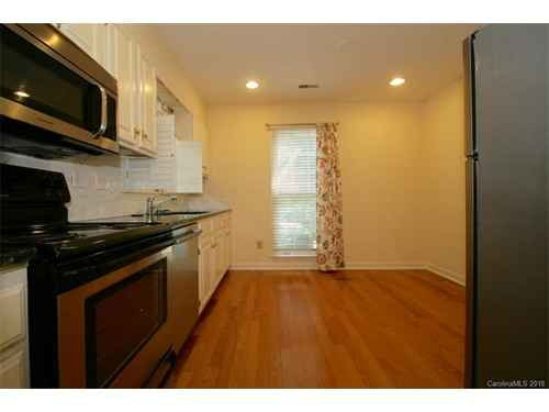 Gallery thumbnail for 500 N Poplar Street Unit A Charlotte NC 28202 4