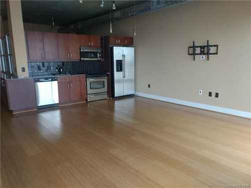 Gallery thumbnail for 505 E 6th Street Unit  1102 Charlotte NC 28202 3