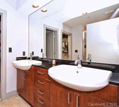 Gallery thumbnail for 505 E 6th Street Unit 1205 Charlotte NC 28202 4